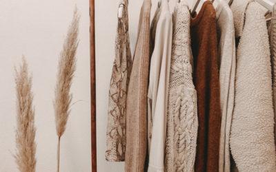 Guardaroba: gli outfit indispensabili da avere nell'armadio